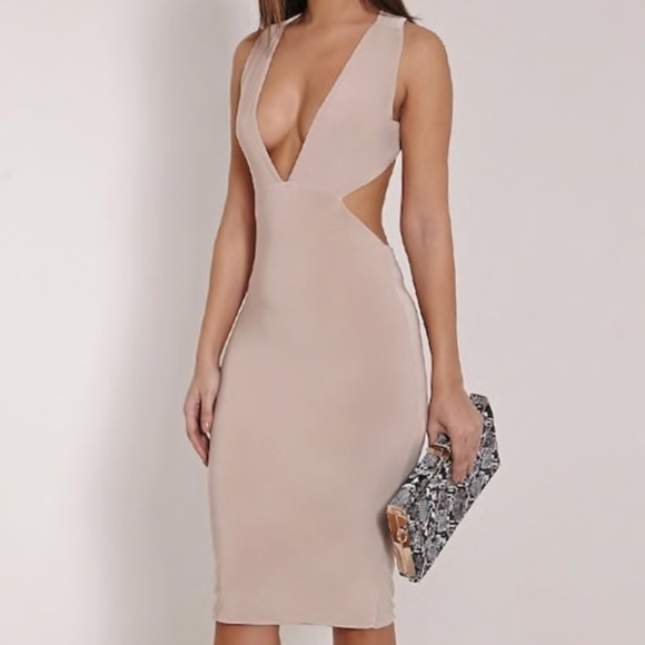 91e8ffd2031 PrettyLittleThing Deep V Plunge Cross back cut out.  M 5bf21dcdc2e9fe5dd2b29e7f
